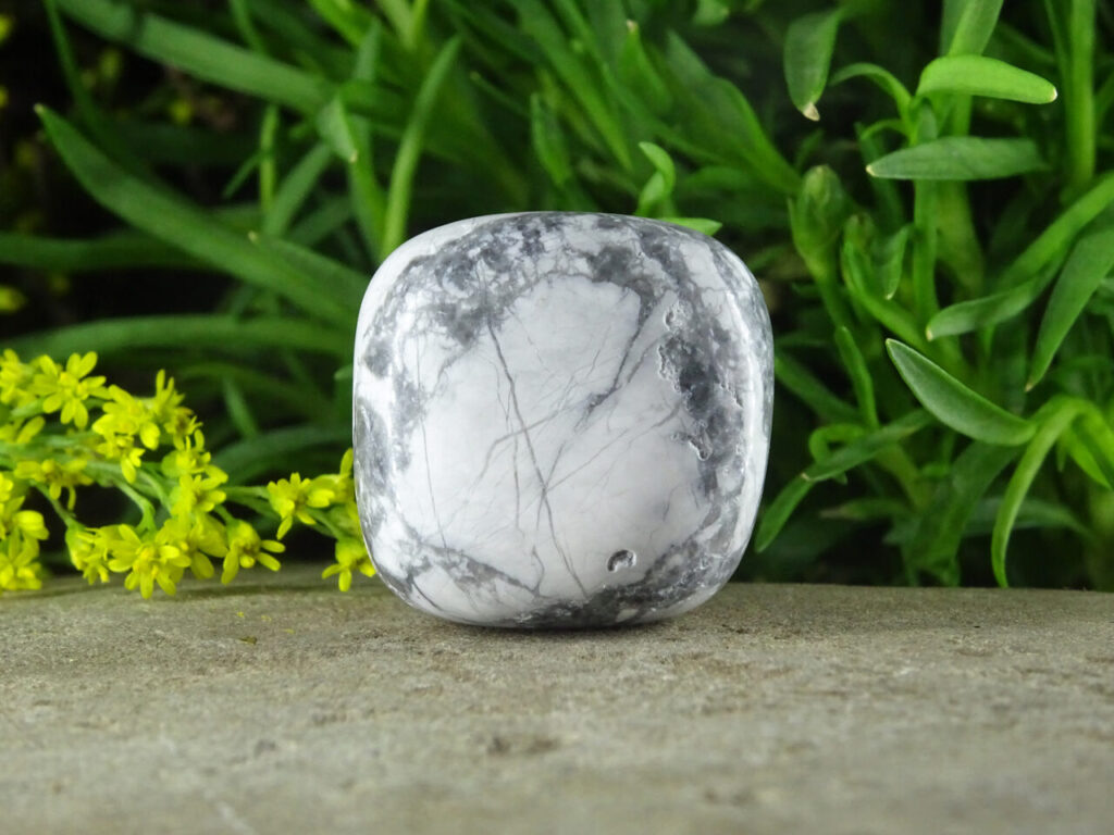 howlite at surrendertohappiness.com